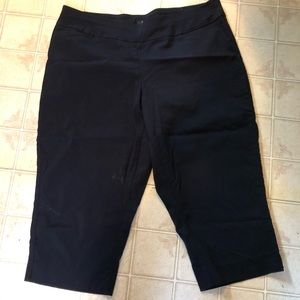 Apt 9 pull on stretch capris